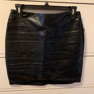 black leather look mini skirt - size  small